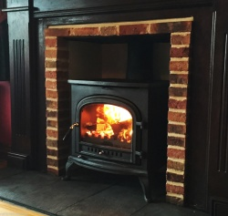 Arch RF - Cast Iron Multi Fuel and Wood Burning Stove - 9kw max (4.5 - 7.5kw to room)