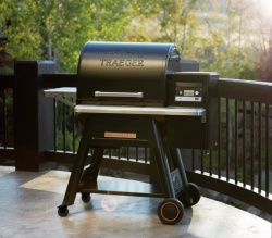 Traeger TIMBERLINE 850 Wood Pellet Grill Smoker BBQ - With Built-in WIFI Control