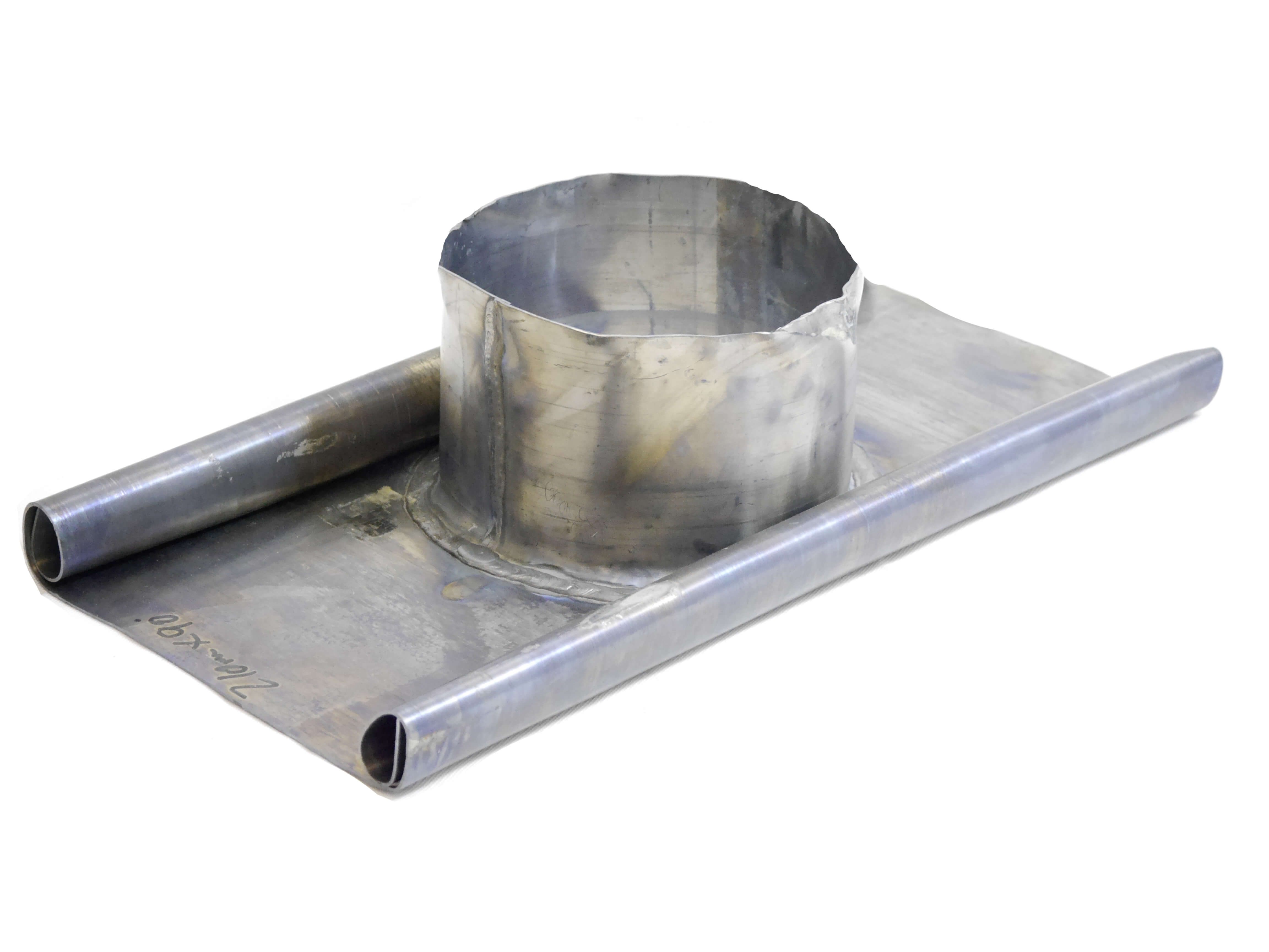 Lead Roof Flashing - 210mm Diameter (6'' ICID) - Flat Roof