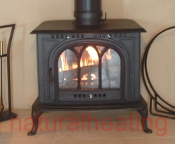 Cathedral Cast Iron Multi Fuel and Wood Burning Stove - 14kw max (7 > 12kw to room) -EX SHOP DISPLAY (UN-USED)