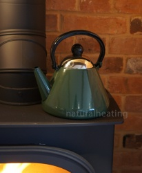 1.9 Litre GREEN Enamel Stove Top Kettle (suitable for all hob types incl. induction)