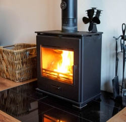 X40 Slimline Cube WITH HEAT SHIELD - 4.5kw Nominal Widescreen DEFRA Wood Burning and Multi Fuel Steel Stove - SPECIAL OFFER ![1]